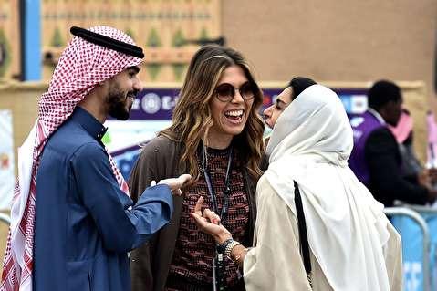 زنان بیکینی پوش در ساحل؛ وقتی عربستان همه را شوکه میکند!