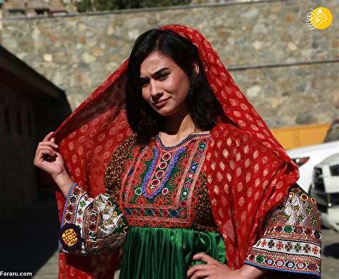 (تصاویر) نمایش مد با حضور مدلهای زن و مرد در افغانستان