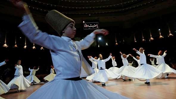 (تصاویر) بزرگداشت سالروز درگذشت مولانا در قونیه