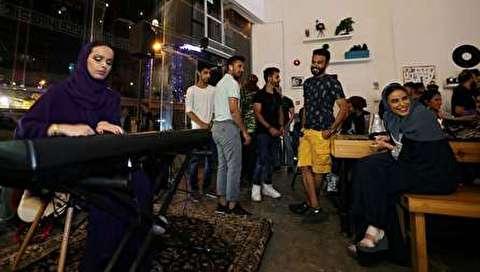 (تصاویر) پایان تفکیک جنسیتی در رستورانهای عربستان