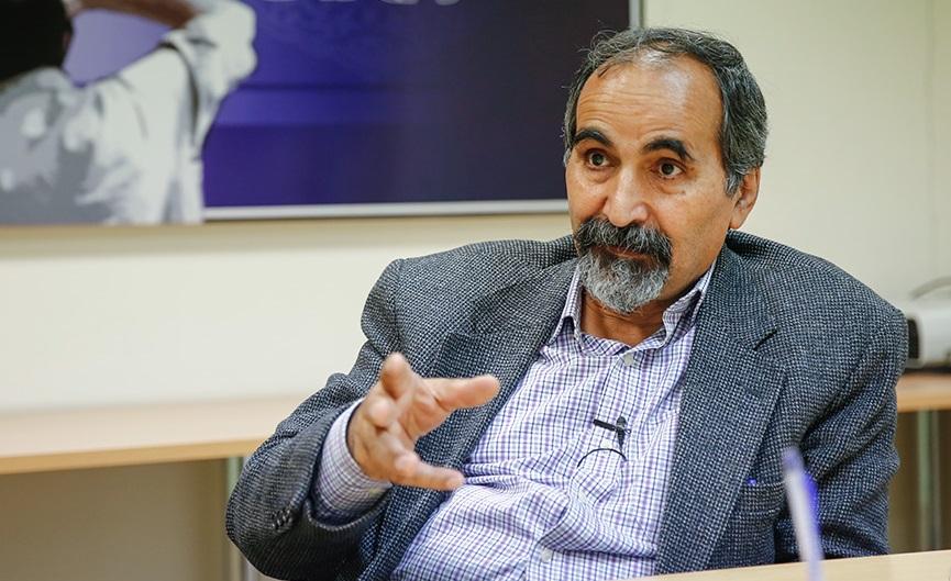 پیش بینی آزادارمکی از آینده اعتراضات در ایران /تقی آزاد ارمکی: مساله اصلی کشور گم شده است/ بی عملی جامعه را فراگرفته