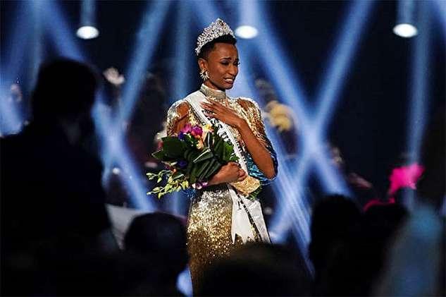تاج دختر شایسته سال ۲۰۱۹ بر سر دختری از آفریقای جنوبی