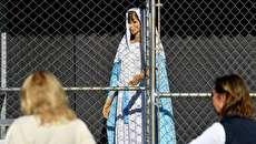 (تصاویر) مریم مقدس و عیسی مسیح پشت میلههای زندان!