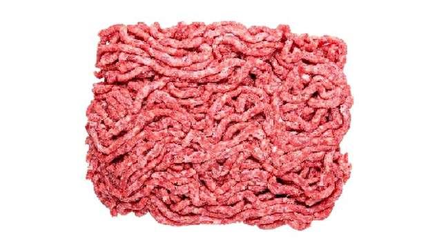 چه بلایی بر سر گوشت چرخ شده در فضای آزاد میآید؟