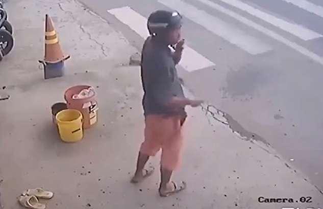 برنامه ریزی عجیب برای سرقت دمپایی کهنه!