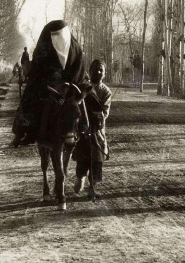 (تصاویر) آلبوم منحصر به فرد از اصفهان ۹۰ سال قبل
