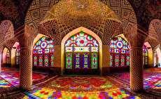 جاذبههای دیدنی شیراز؛ شهر شعر و راز با گنبدهای نیلی