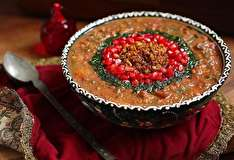 طرز تهیه آش انار خوشمزه ویژه شب یلدا