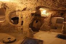 سفر به کویر ابوزید؛ یک روز پائیزی در دل کویر بکر و شهر زیرزمینی