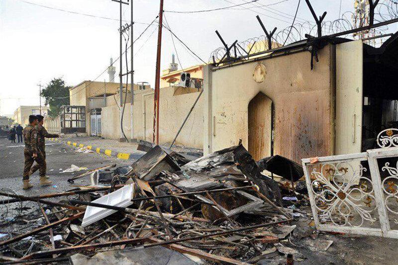 (تصویر) کنسولگری ایران در نجف یک روز پس از آتش سوزی