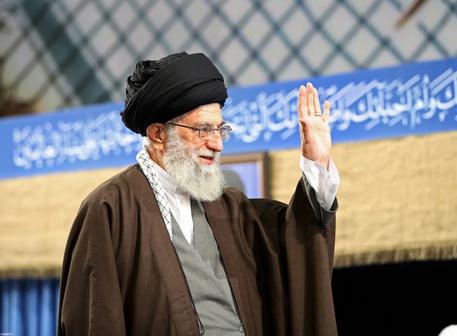 (تصاویر) دیدار مسئولان و سفرای اسلامی با رهبرانقلاب
