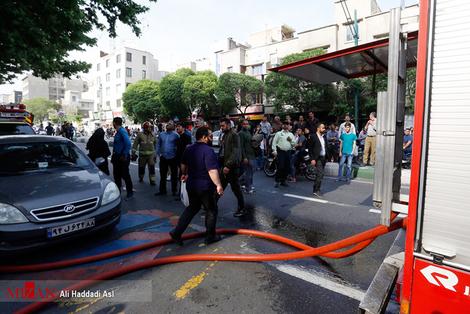 resized 312250 680 آتش سوزی پاساژ مهستان در میدان انقلاب + فیلم