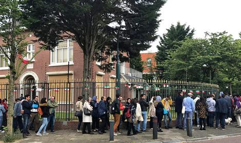 صف رای گیری در لاهه هلند