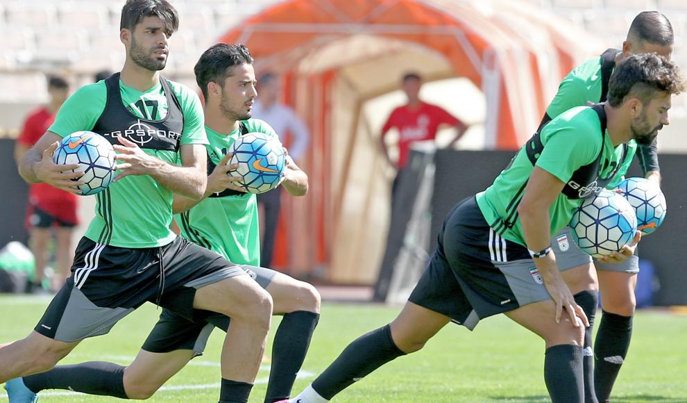 تمرین ملیپوشان فوتبال پیش از دیدار با سوریه. (ایرنا/ احسان نادریپور)