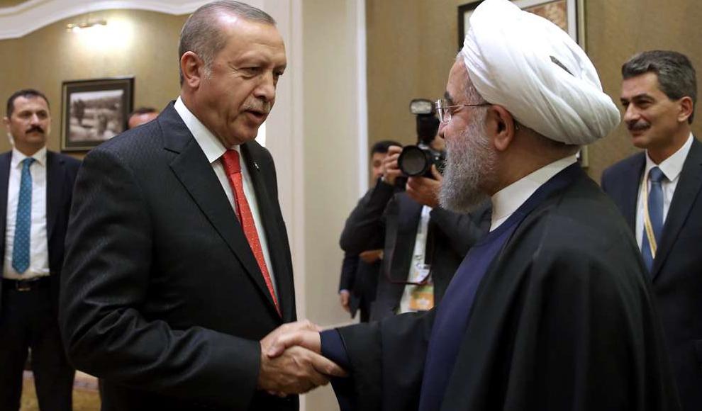 دیدار رؤسای جمهوری ایران و ترکیه در آستانه. (پایگاه اطلاع رسانی ریاست جمهوری)