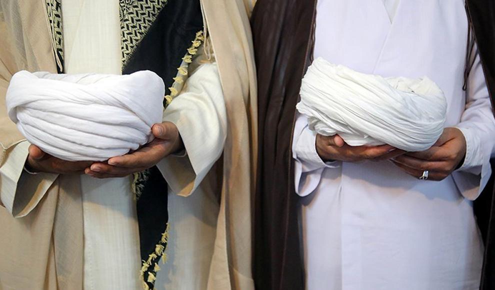 جشن عمامهگذاری طلاب در روز عید غدیر در قم. (تسنیم/ محمدعلی مریزاد)