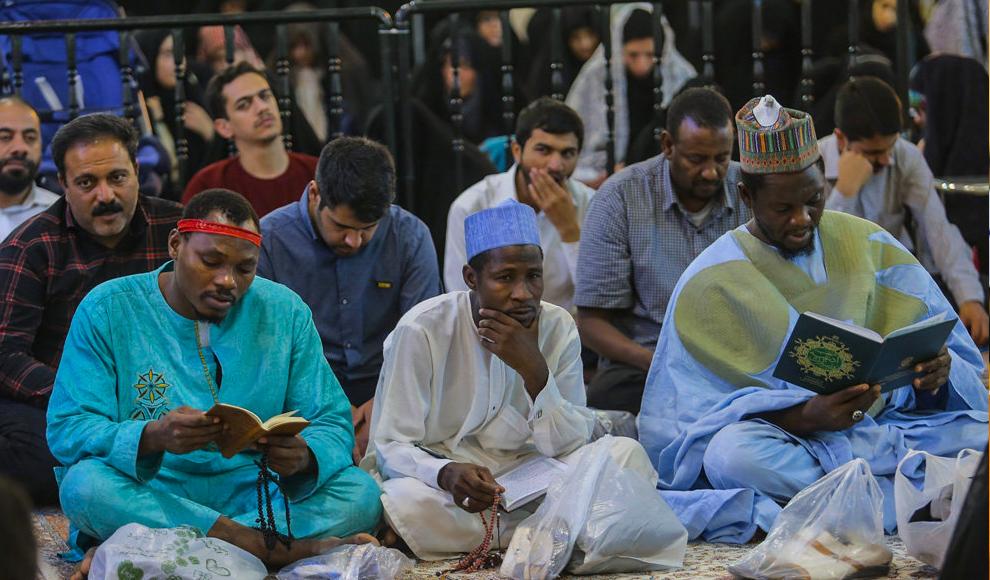تجمع مردم قم در محکومیت جنایات علیه مسلمانان میانمار. (مهر/ مهدی بخشی سورکی)
