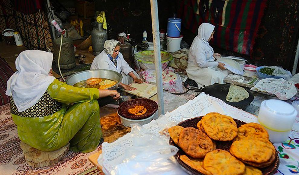 پنجمین جشنواره ملی انگور در ارومیه. (تسنیم/ مجتبی اسماعیلزاده)