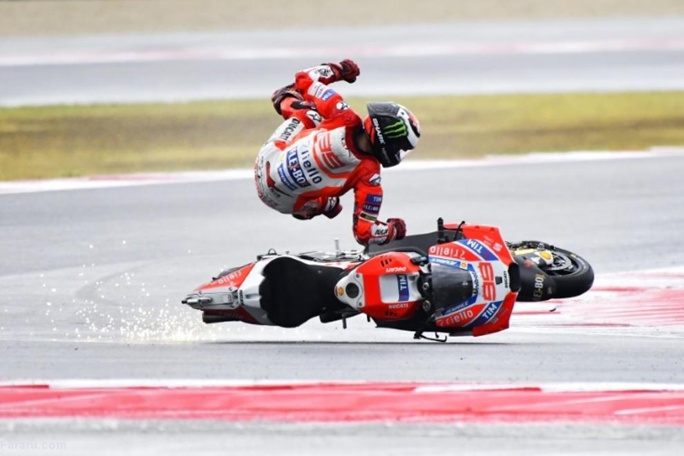 موتورسوار در رقابت جایزه بزرگ سان مارینو