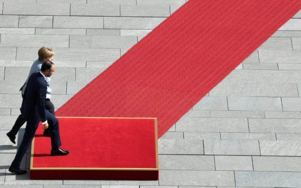 استقبال مرکل از نخستوزیر فرانسه در برلین
