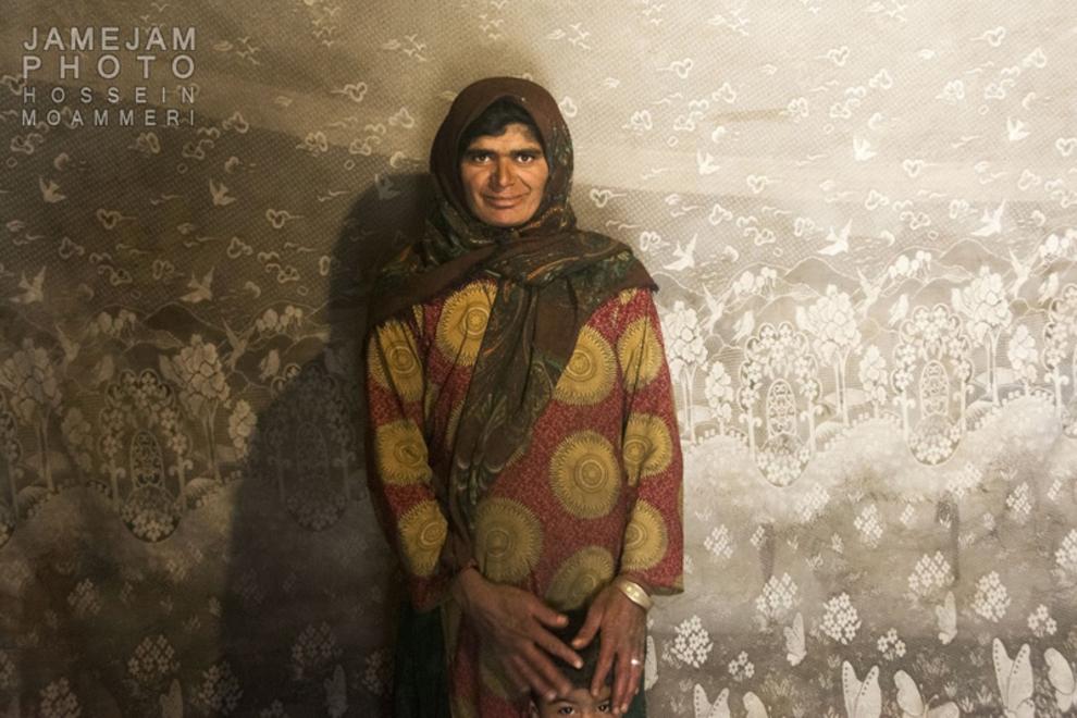 مینا نژدی پور، 25 سال