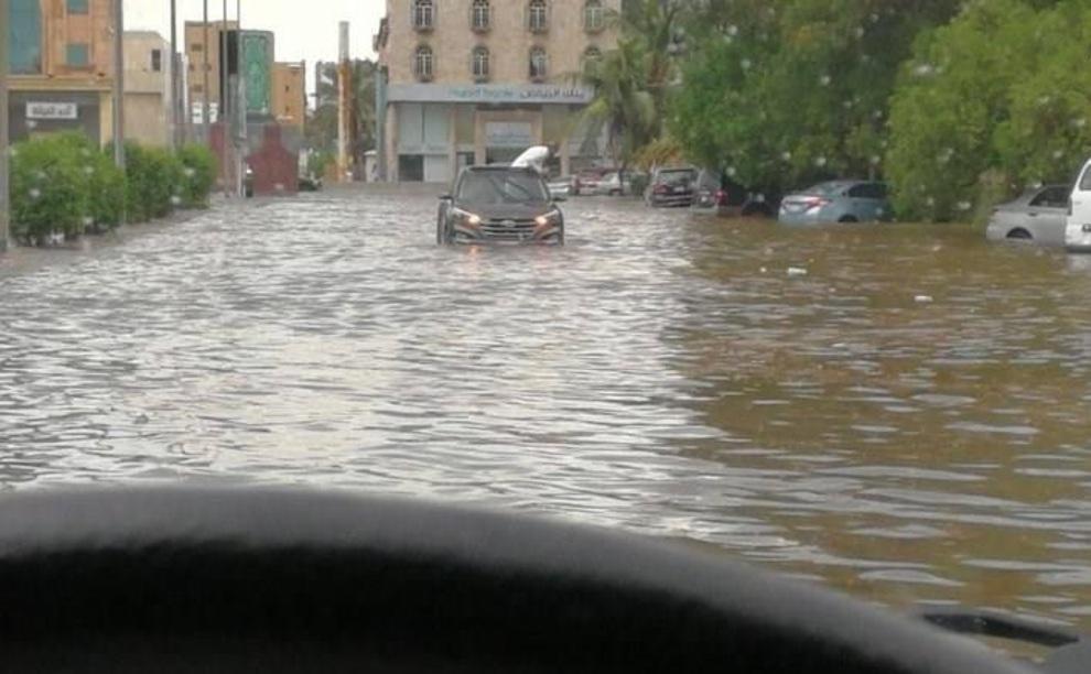 (تصاویر) «جده» غرق شد