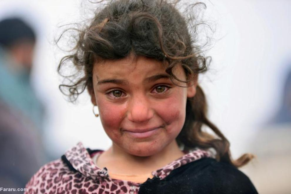 دختر آواره عراقی در جنگ نیروهای دولتی عراق و داعش