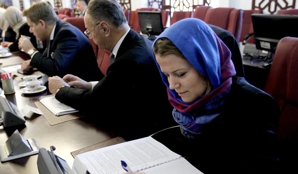 جمع آوری معتادان متجاهر در تهران. (محمد بابایی/ ایرنا)