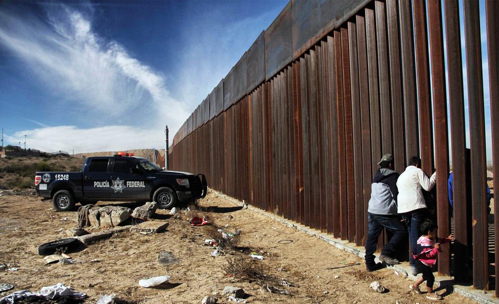 تصاویر دیوار جدایی مکزیک از آمریکا
