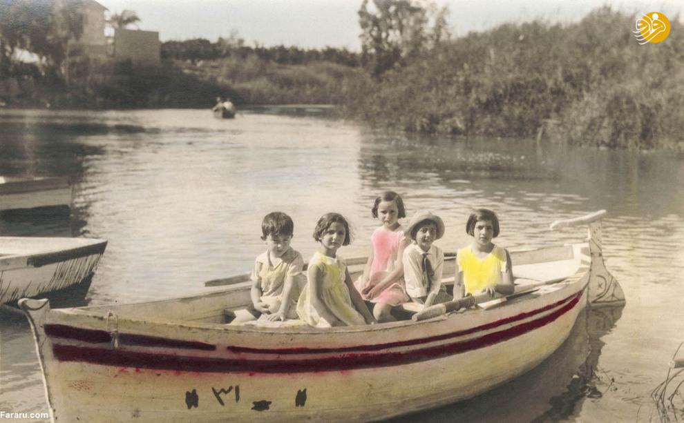 کودکان فلسطینی در قایق در سال هزار و نهصد  وسی و یک