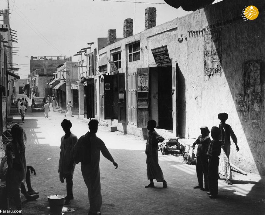 خیابانی در منامه بحرین در سال هزار و نهصد و پنجاه