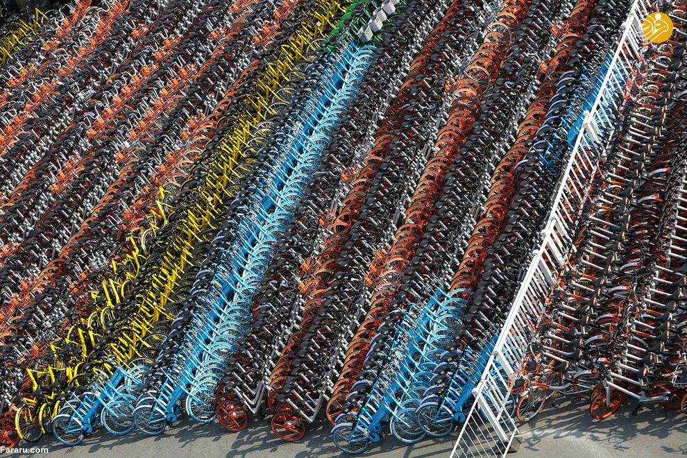 گورستان دوچرخههای رنگارنگ در چین