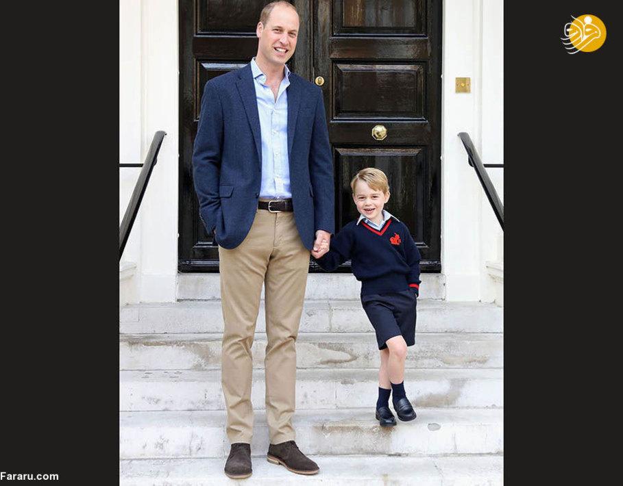 شاهزاده ویلیام در کنار پسرش، جرج در حال عکس گرفتن
