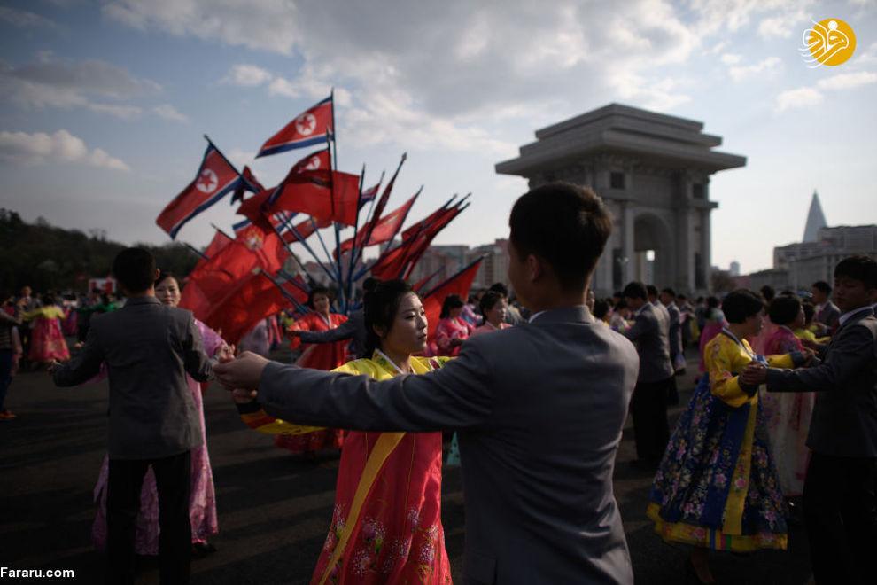 جشن همگانی در زمان جشن خورشید در پیونگ یانگ کره شمالی