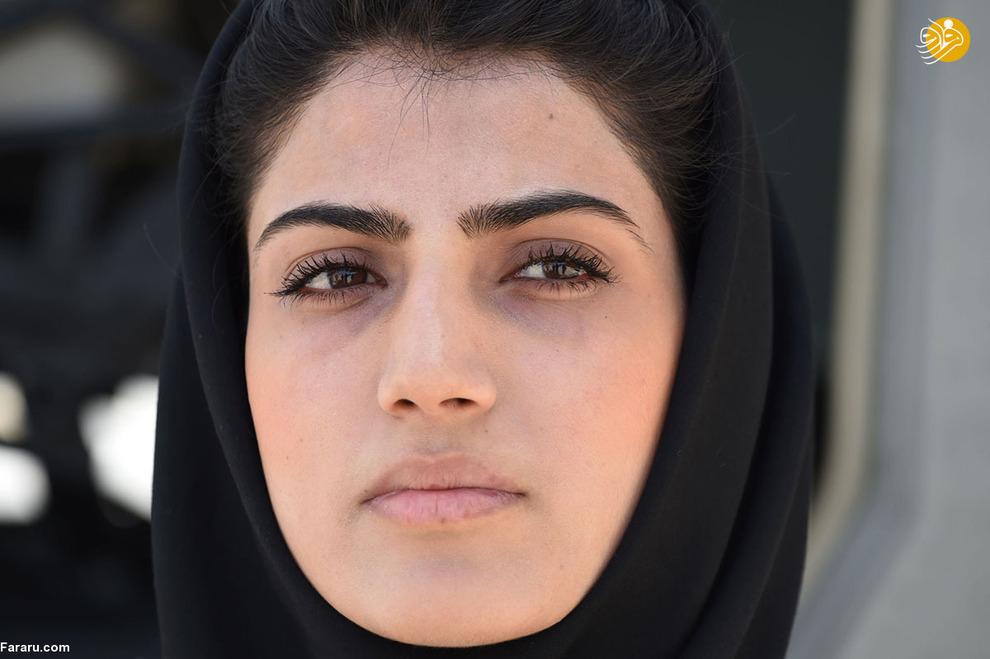 نیلوفر رحمانی دختر 23 ساله افغان و اولین خلبان زن در افغانستان