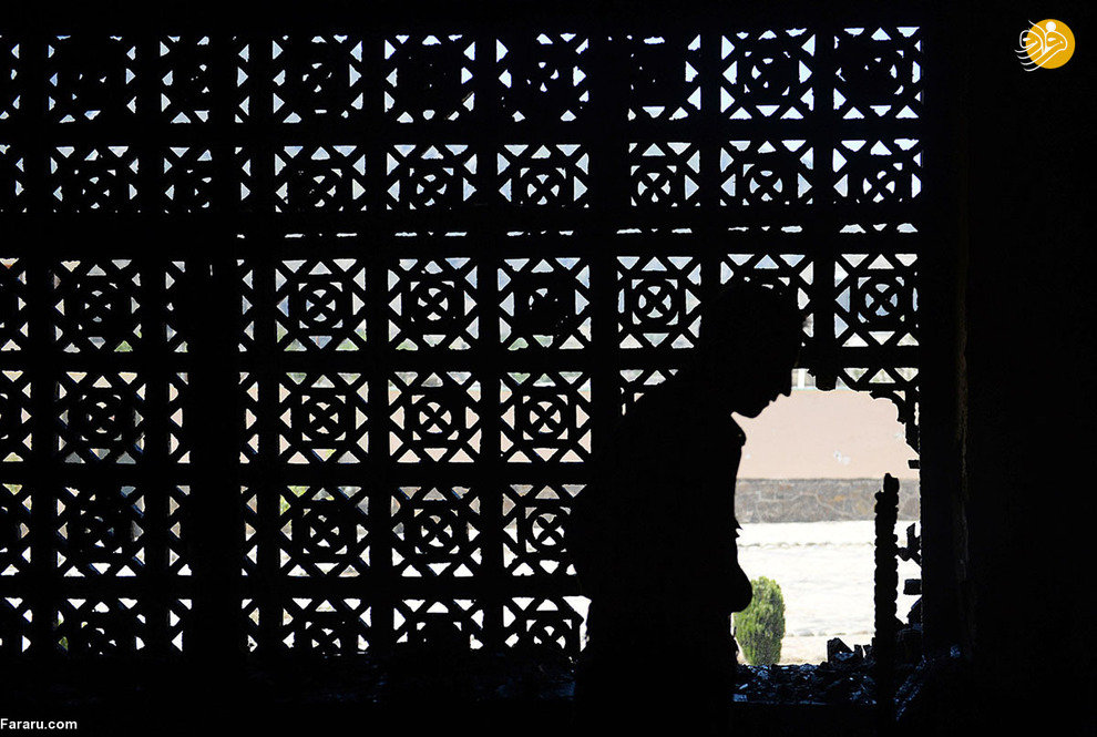 نظامی افغان پس از حمله انتحاری در ولایت پنجشیر در بیست و نه می دو هزار و سیزده