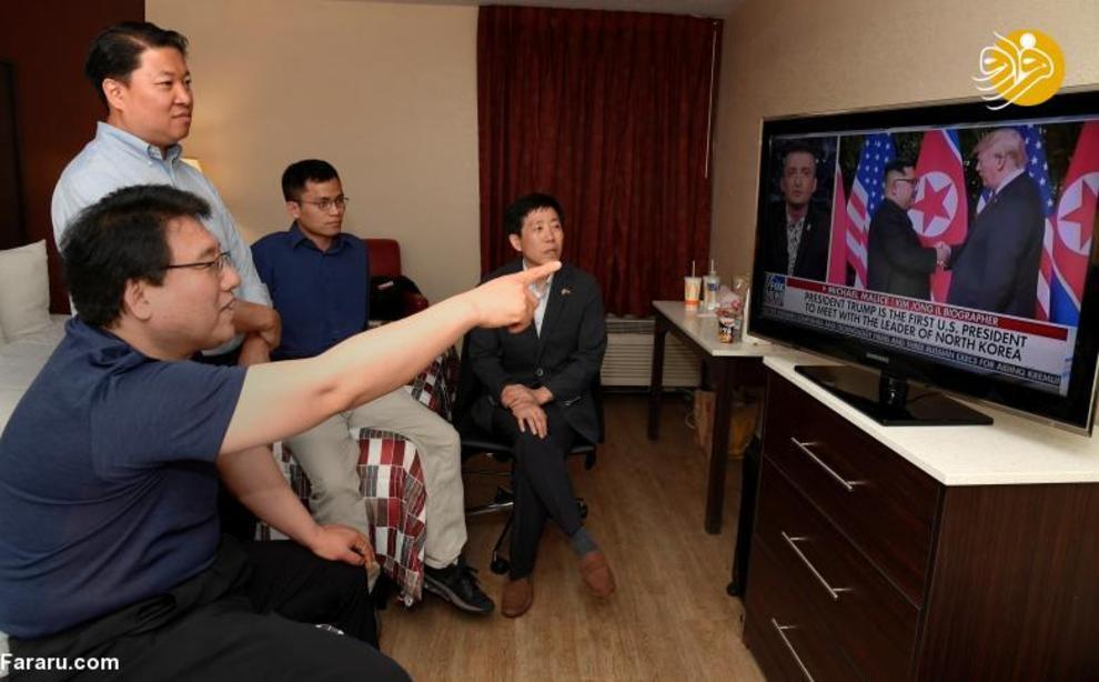 فعالان حقوق بشر در حال تماشای دیدار ترامپ و اون