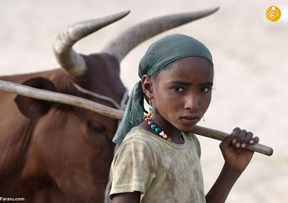 دختر خردسال در نزدیکی چاد