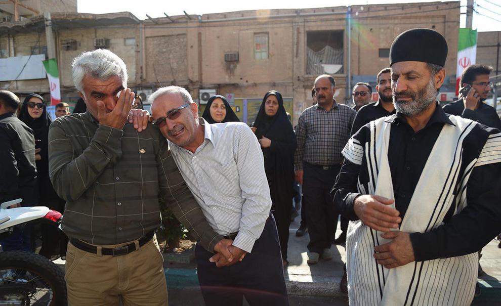 (تصاویر) تشییع شهدای حادثه تروریستی اهواز