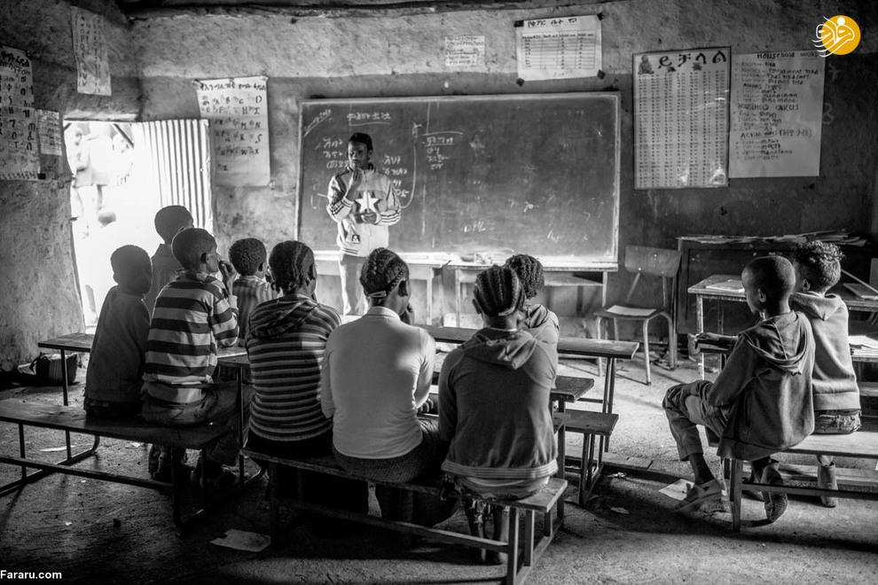 عنیات امیدوار است برای تکمیل تحصیلات خود در کلاس دهم به شهری در نزدیکی روستا برود