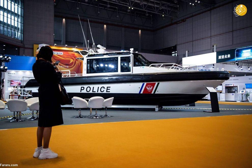 قایق گشتی پلیس