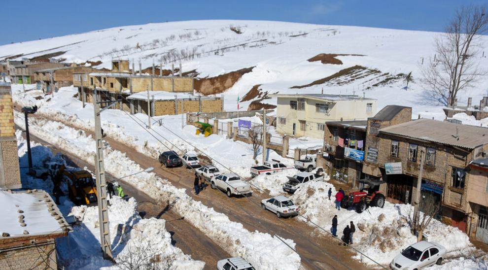 بارش بیسابقه برف در شهرستان میامی