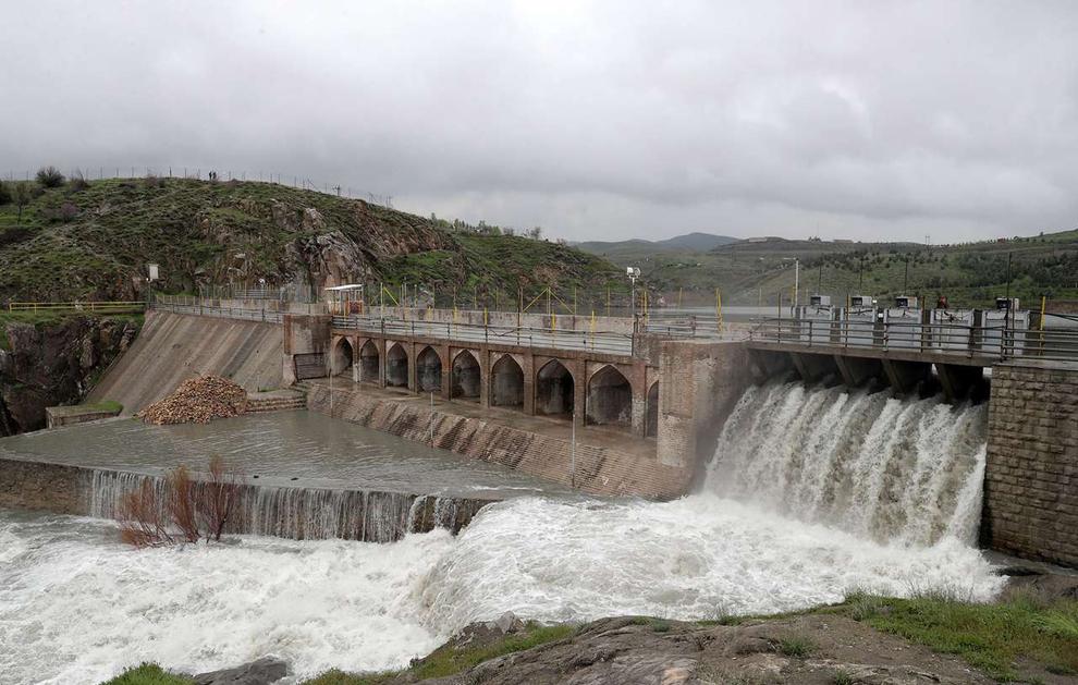 (تصاویر) سرریز شدن آب سد ۴۰۰ ساله مشهد - 5