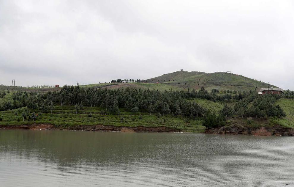 (تصاویر) سرریز شدن آب سد ۴۰۰ ساله مشهد - 8